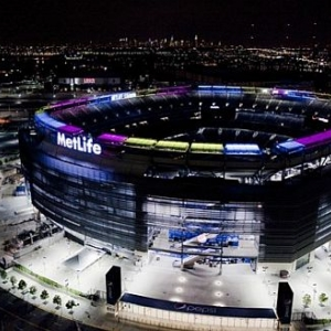 thumbs_metlife-stadium-solar-energy-ring_1